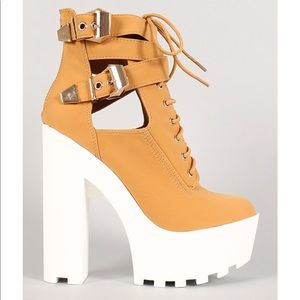 Lounge Nubuck Lace Up Platform Lug Sole Heel